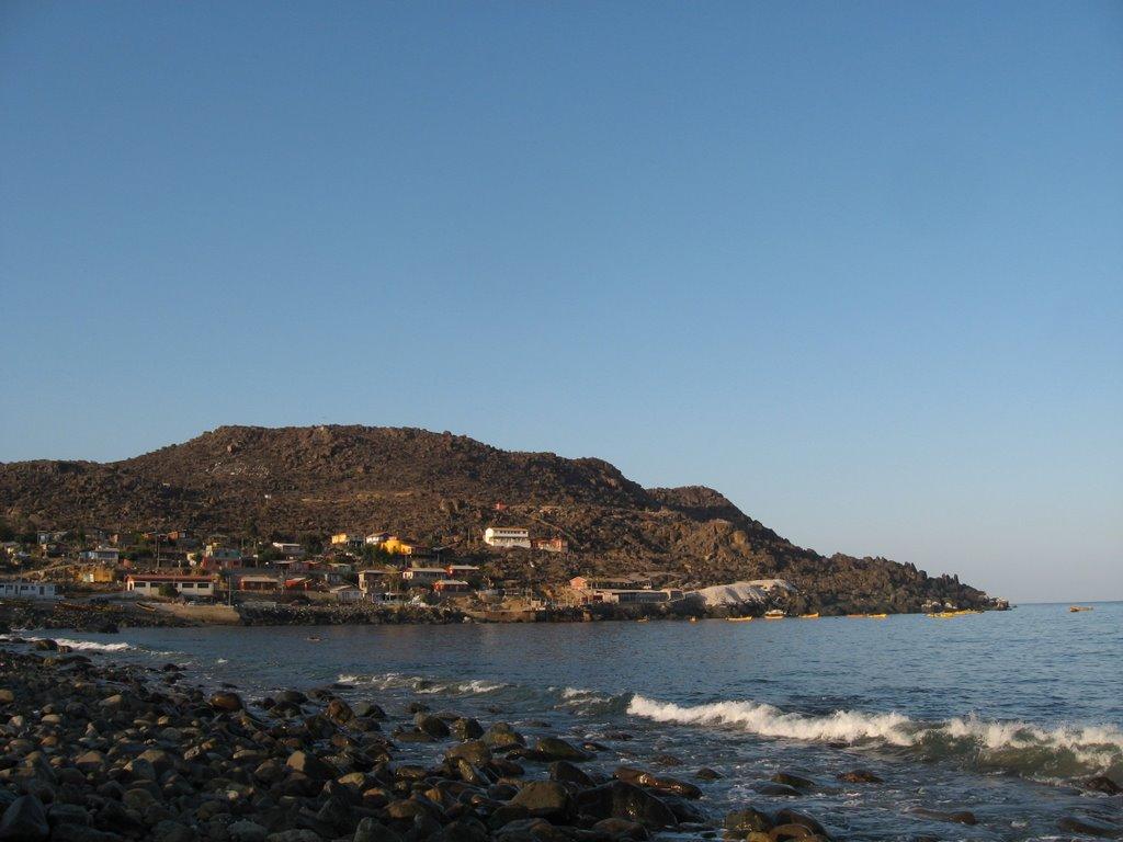 playa y caleta Hornos